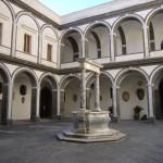 Napoli_s_Martino_chiostro_dei_procuratori_1040980